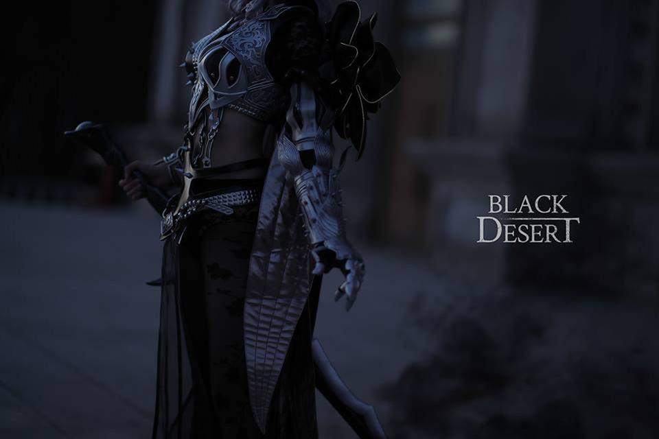 Cosplay Dark Knight mạnh mẽ đầy quyến rũ của Rz Cos - Hình ảnh 1