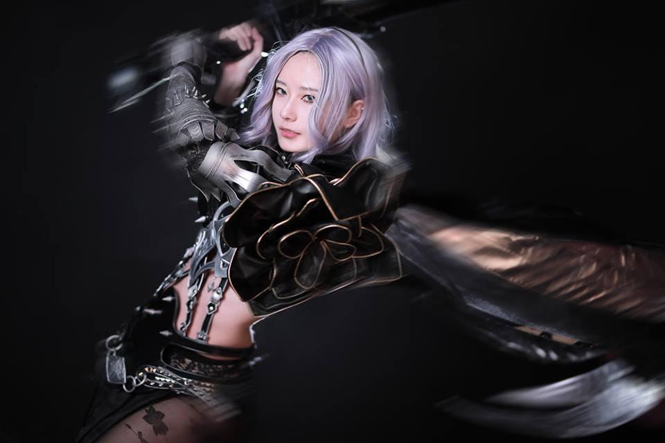 Cosplay Dark Knight mạnh mẽ đầy quyến rũ của Rz Cos - Hình ảnh 10