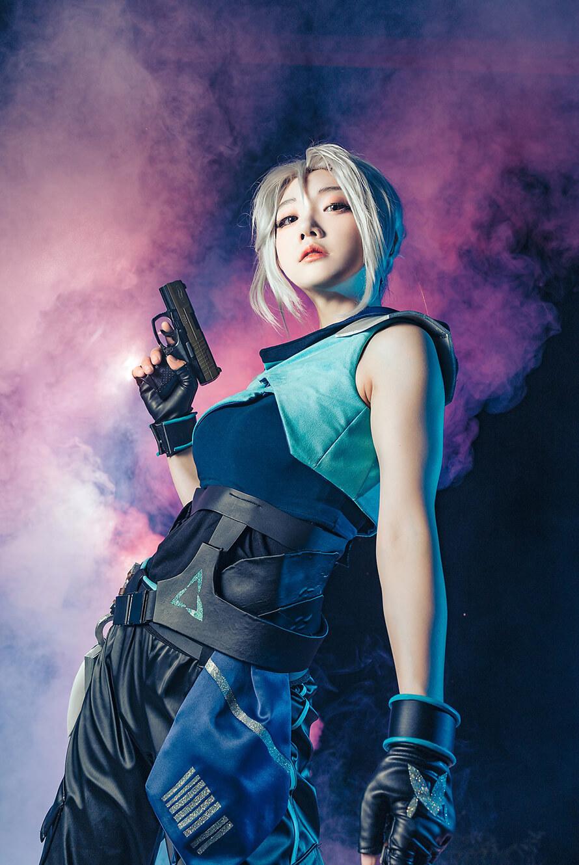 Ngất ngây trước loạt cosplay Jett Valorant tuyệt đẹp của Miyuko - Hình ảnh 8