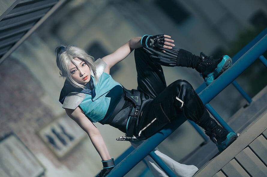 Ngất ngây trước loạt cosplay Jett Valorant tuyệt đẹp của Miyuko - Hình ảnh 10