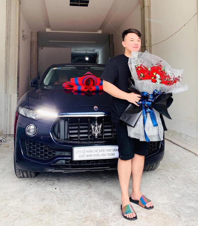 Anh Ryan Trần, một trong hai chủ sở hữu mới của Percent Esports.