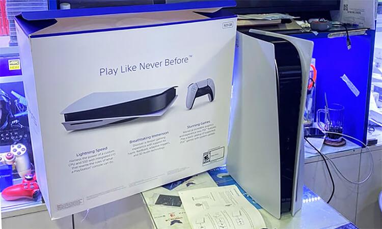 Mở hộp PlayStation 5
